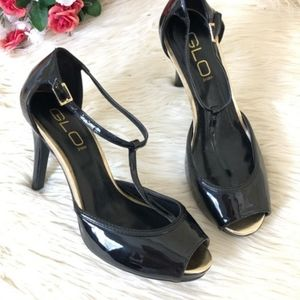 NEW GLO Jean's Black and Gold Strappy Heel
